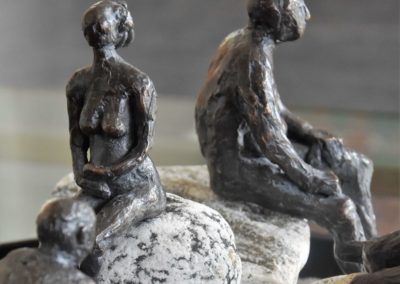 Sitzende  | Bronze