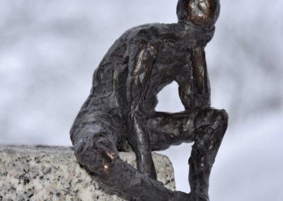 Bronze | Sitzender Jüngling